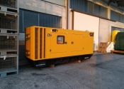 Generatore diesel silenziato 275kVA Caterpillar