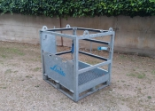 Cassa metallica per trasporto bombole di gas