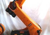 Robot antropomorfo KUKA KR210 2008 con SafeRobot