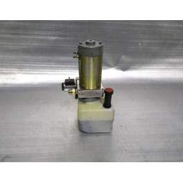 Pompa idraulica ad olio per pistoni transpalelt