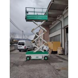 Piattaforma aerea verticale semovente Airo